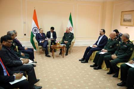 Iranian, Indian defense ministers stress fight on terrorism