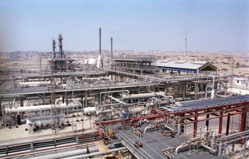 Largest gas condensate refinery to be built in Iran