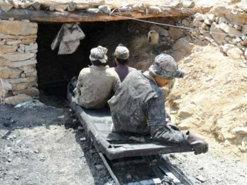 Six killed, 13 trapped in Pakistan coal mine explosion